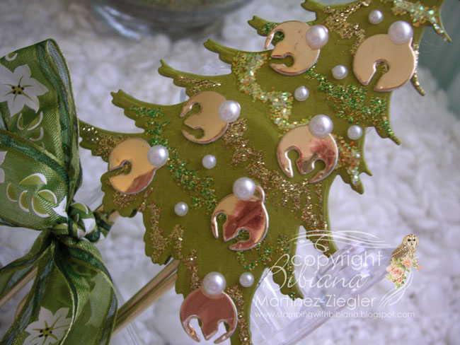 Bookmark xmas tree detail