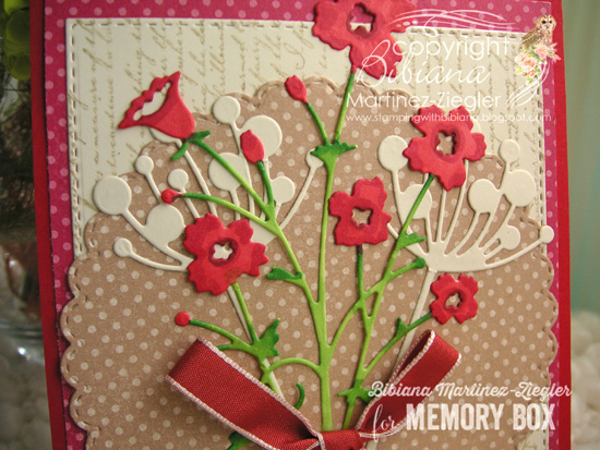 B'day xmas flores rojas detail