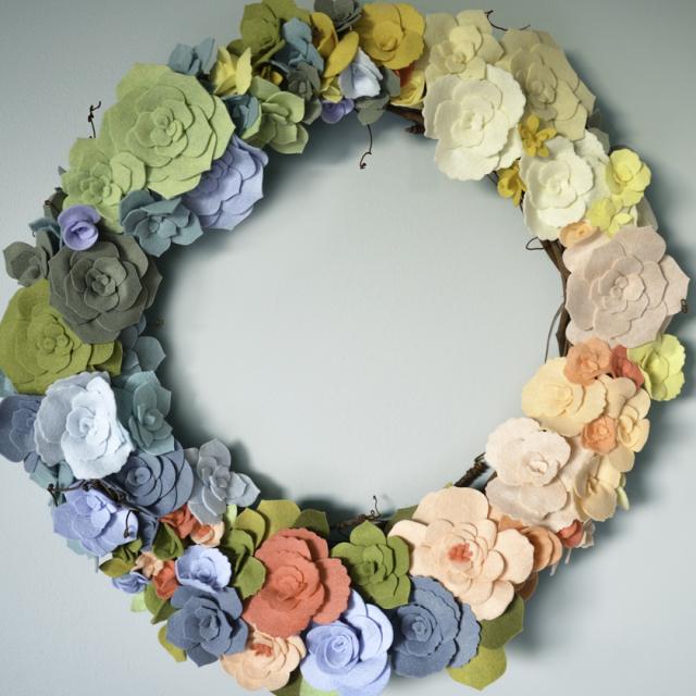 Floral wreath full 2