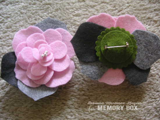 Felt flowers b'day step 6