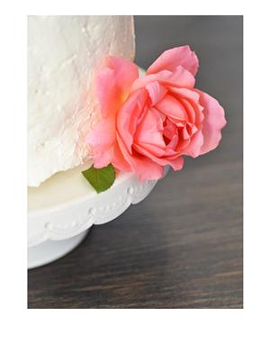 Cream-deign-cake-topper-t