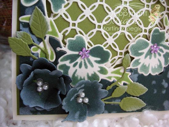 Green wreath detail