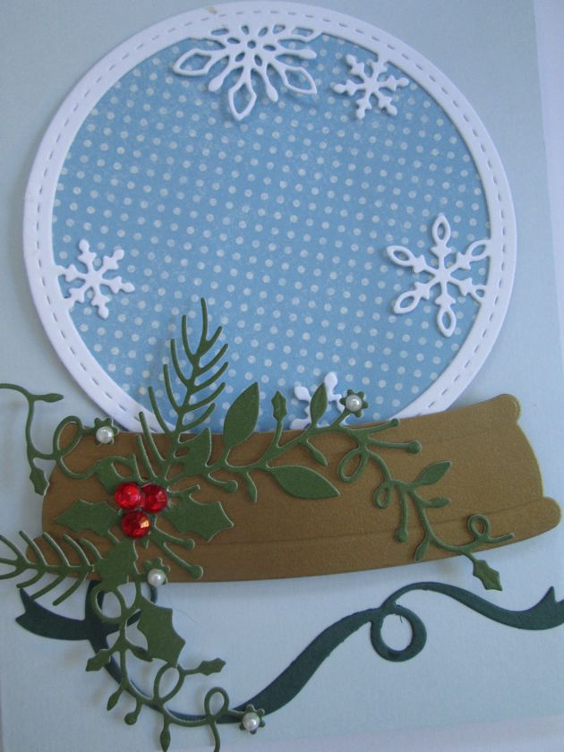 Stitched Snowflake Circle Frame