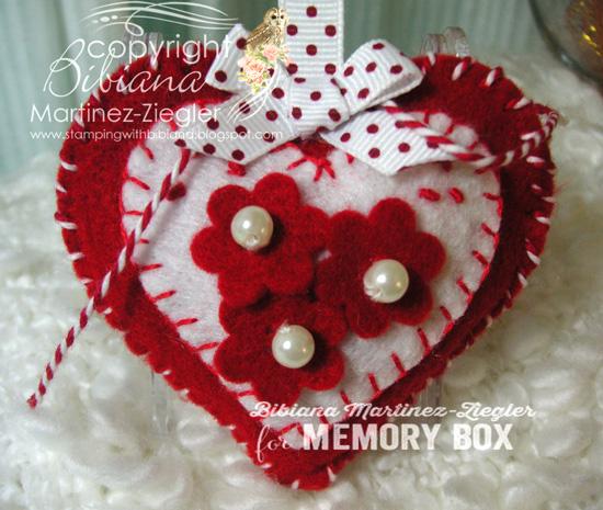Felt heart red front