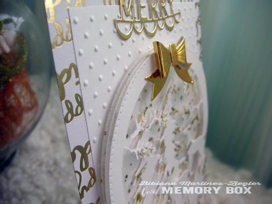 Xmas white globe detail