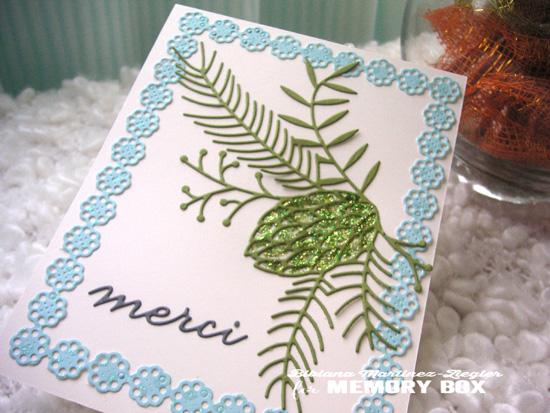 Fall merci pinecone detail