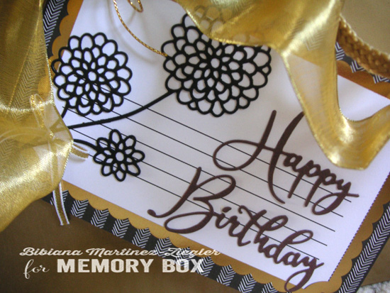 H'bday gift tag detail