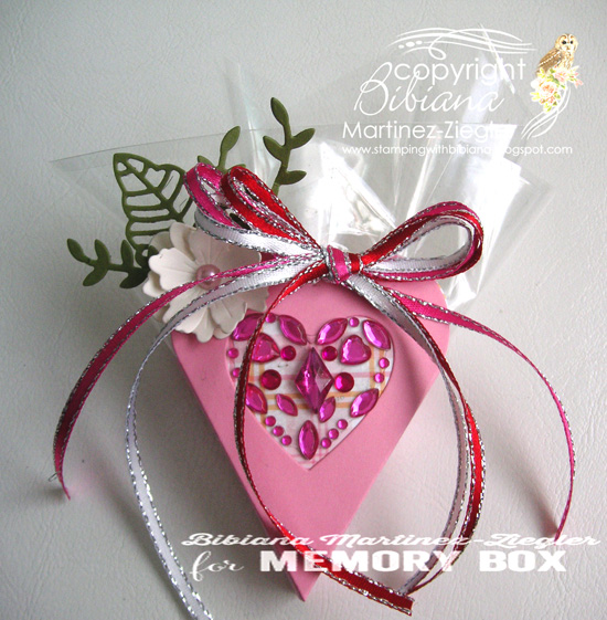 Valentine heart box front empty