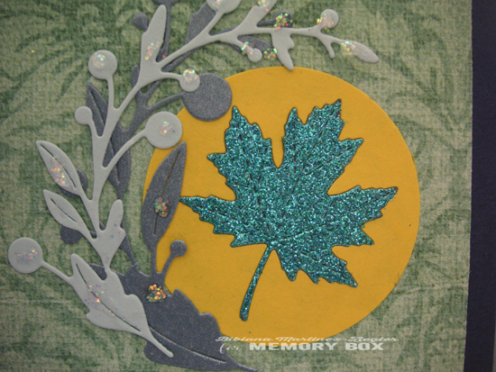 Fall blue circle leaf detail