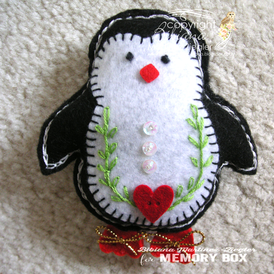 Penguin felt front